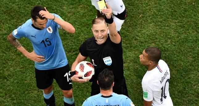 الحكم الأرجنتيني بيتانا يقود المباراة النهائية بين فرنسا وكرواتيا