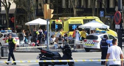 pBei einem Terroranschlag in Barcelona sind am Donnerstag mindestens 13 Menschen getötet worden. Mindestens 100 Menschen wurden verletzt, als ein Lieferwagen auf dem bei Touristen beliebten...