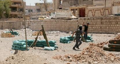 pDie Schlacht um die nordirakische IS-Hochburg Mossul geht in die entscheidende Phase. Das irakische Militär startete eigenen Angaben zufolge eine Offensive auf die dicht bebaute Altstadt. Die...