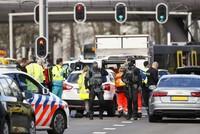 هولندا... مقتل 3 أشخاص على الأقل وجرحى في إطلاق نار داخل ترام