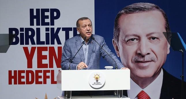 أردوغان: لا بد من إجراء تغييرات في كوادر العدالة والتنمية