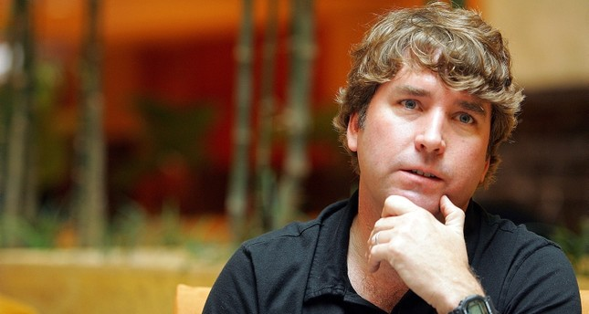 Stephen Hillenburg, creator of the popular animated series Spongebob Squarepants is interviewed by Reuters in Singapore, January 28, 2005. (Reuters Photo)
