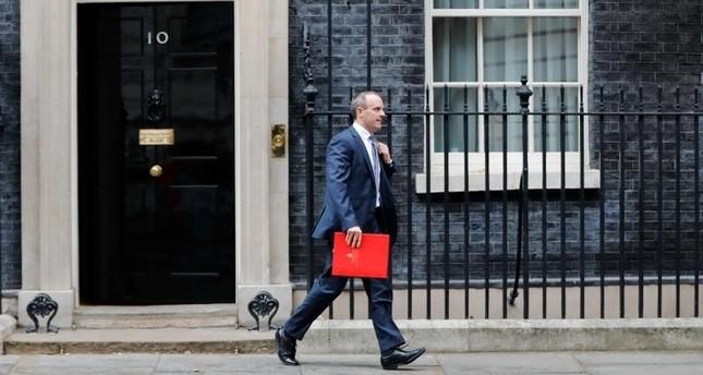 3 британских министра подали в отставку из-за Brexit