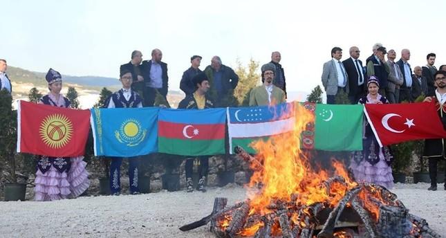 من الاحتفالات بعيد النوروز في ولاية بولو، تركيا (İHA)
