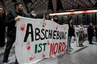 |Demonstration am Flughafen in Frankfurt am Main.