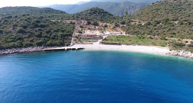 خلال الشهر المنصرم فقط.. مليونان و700 ألف سائح زاروا أنطاليا التركية