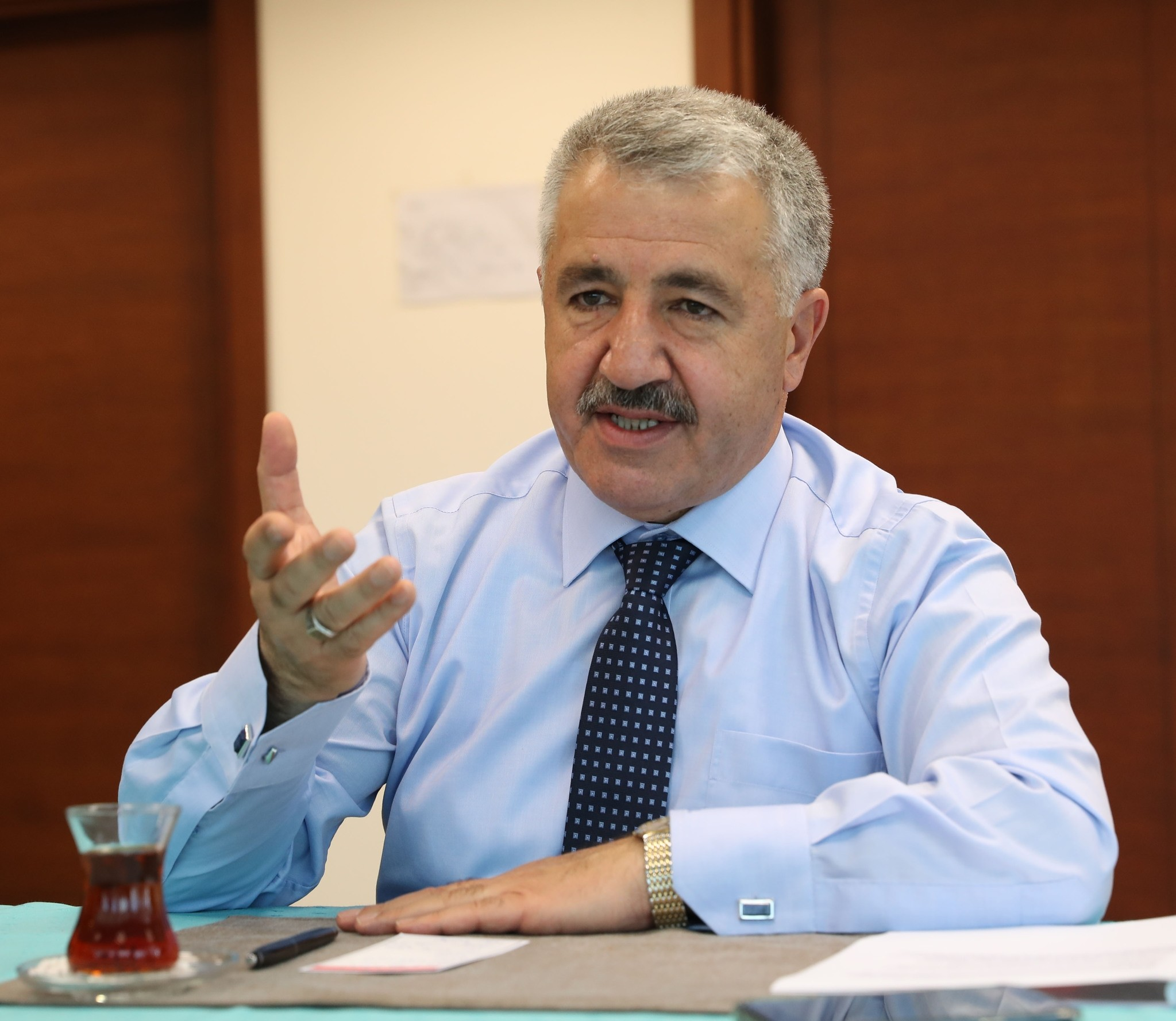 Minister Arslan said project teams are working on a 24-hour basis to avoid any future problems and complete Istanbulu2019s 3rd airport project on time.