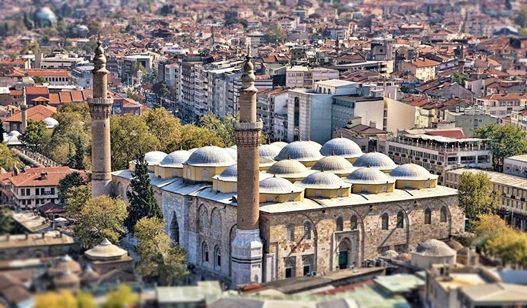 The Grand Mosque of Bursa is the largest mosque in the city and a landmark of early Ottoman architecture.