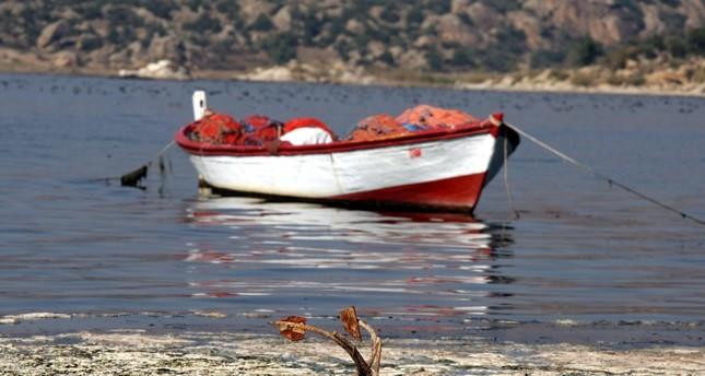 بحيرة بافا.. مزيج من الطبيعة الخلابة والآثار التاريخية والطيور