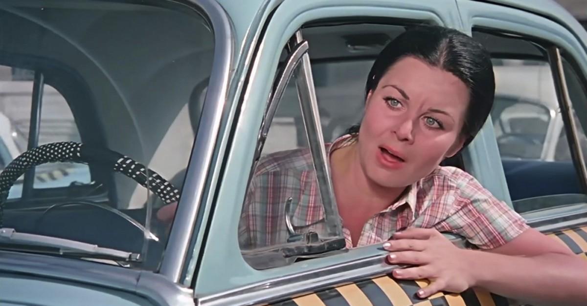 Fatma Girik in the leading role in the 1970 film u201cu015eofu00f6r Nebahatu201d (u201cNebahat the Driveru201d).