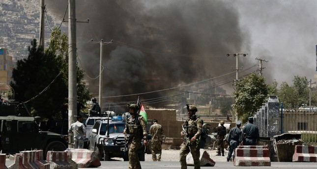 Rockets hit near Afghan presidential palace