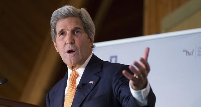 كيري يحذر روسيا من أن صبر الولايات المتحدة بشأن سوريا له حدود