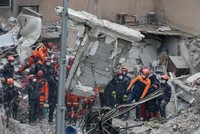 All 35 people pulled from the rubble of collapsed building in Istanbul's Kartal