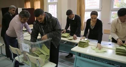 Граждане Турции за рубежом голосуют на выборах