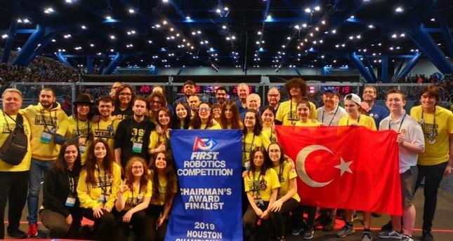 Turkish high schoolers win robotics championship in US
