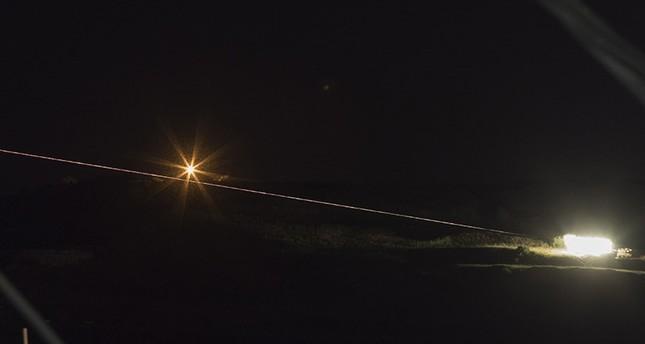 صواريخ إسرائيلية انطلقت من الجولان تستهدف مواقع عسكرية داخل سوريا (EPA)