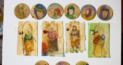 Turkish woman brews art with tea bags
