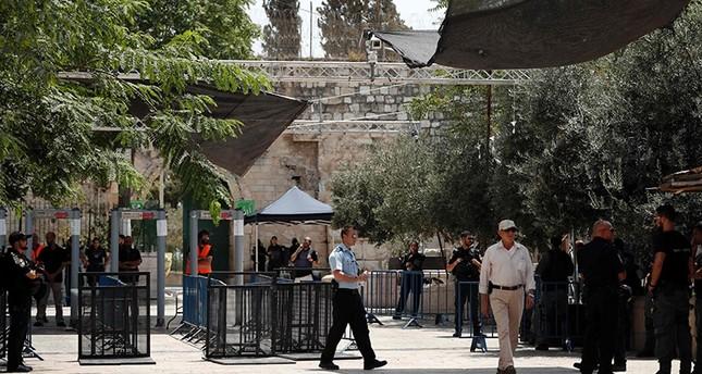 Jew Detector: Israel Says Al-Aqsa Metal Detectors To Stay, Installs