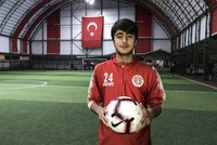 Syrian-Turkish footballer dreams of national team