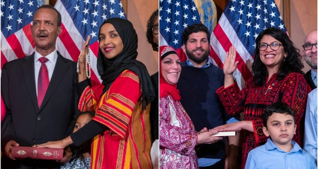 Ilhan Omar (L) and Rashida Tlaib (R) take their oaths of office. (EPA/AA Photos)