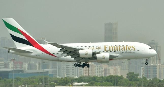 أرباح طيران الإمارات تنخفض 69 بالمئة