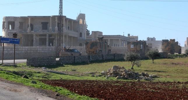 الجيش التركي يسير دوريات عسكرية بين إدلب وحلب بسوريا