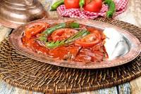 السياح يتناولون طعاما بقيمة 5.1 مليارات دولار في مطاعم تركيا خلال 9 شهور