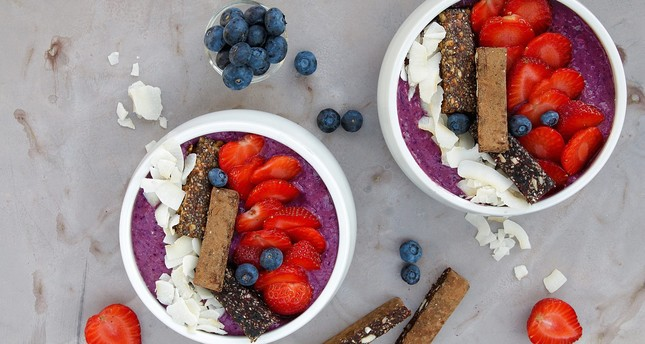 Photo shows acai fuit bowls, the staple of a vegan and gluten-free diet. (FILE Photo)