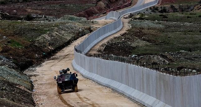 قوات الأمن التركية توقف 1416 شخصاً حاولوا التسلل من وإلى سوريا