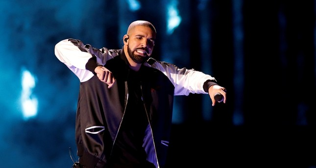 Drake performs during the iHeartRadio Music Festival at The T-Mobile Arena in Las Vegas, Nevada, U.S. September 23, 2016. (REUTERS Photo)