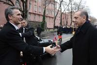 Nato-Generalsekretär Jens Stoltenberg telefonierte mit Präsident Recep Tayyip Erdoğan, um sich für den Vorfall bei den militärischen Übungen in Norwegen zu entschuldigen. Bei dieser waren der Name...