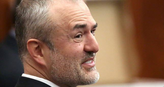 Nick Denton, founder of Gawker, talks with his legal team before Terry Bollea, also known as Hulk Hogan, testifies in court, in United States, March 8, 2016. (REUTERS Photo)