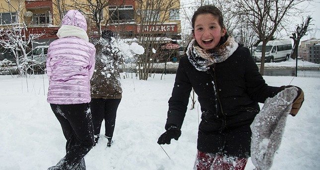 Istanbul children's winter wish comes true with snow day Monday