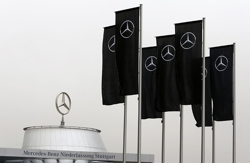 The Mercedes dealership of the south-western German city of Stuttgart is pictured before the annual news conference of Daimler AG in Stuttgart, Germany (Reuters Photo)