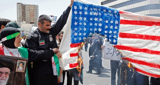 مظاهرات مناوئة لواشنطن في طهران (الفرنسية)