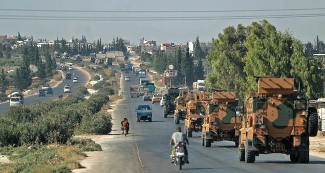 الدفاع التركية: مقتل 3 مدنيين في قصف جوي استهدف رتلاً تابعاً لنا في إدلب