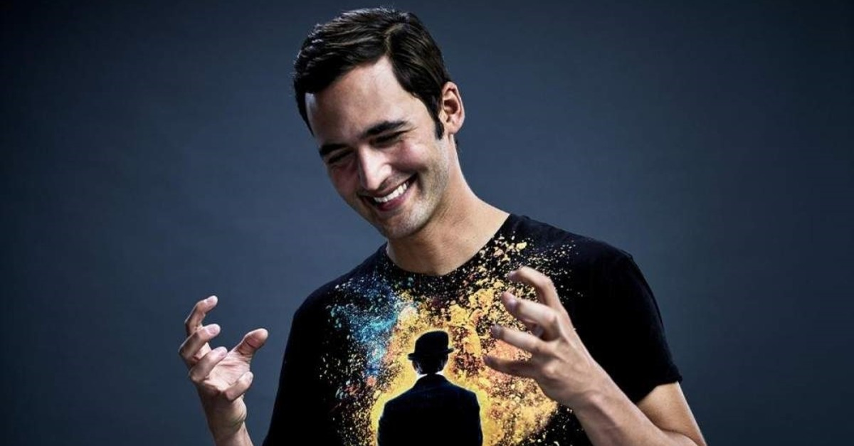 Jason Silva is an Emmy-nominated TV personality, storyteller and futurist.