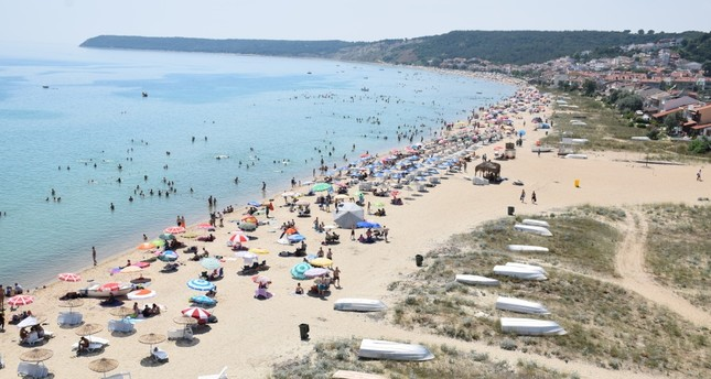 The Gulf of Saros in the North Aegean attracts those who love good food and a fun day by the beach.