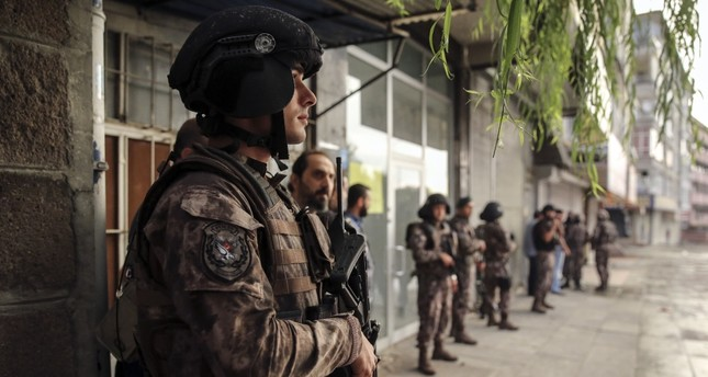 A photo taken during a joint operation against Daesh members in Ankara carried out by Turkish Special Operation Forces and Ankara Counterterrorism Branch, Ankara, Aug. 26, 2016.