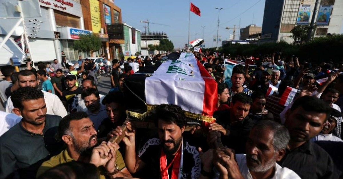 Iraqi mourners carry the coffin of a demonstrator who was killed in anti-government protests during a funeral in the holy city of Karbala, Iraq Nov. 4, 2019. (Reuters Photo)