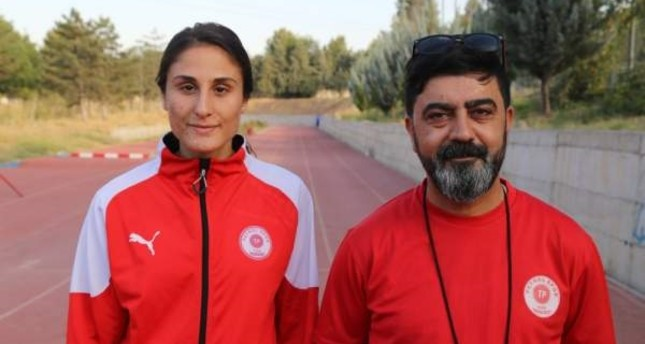 Tek's trainer Ümit Kemal Pişkin says they are excited to see one of club's athletes to represent them in the world championship. (AA PHOTO)