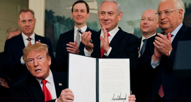 For Those Who Think Trump is Not a Globalist Trump-signs-declaration-recognizing-israeli-sovereignty-over-golan-heights-1553540842179