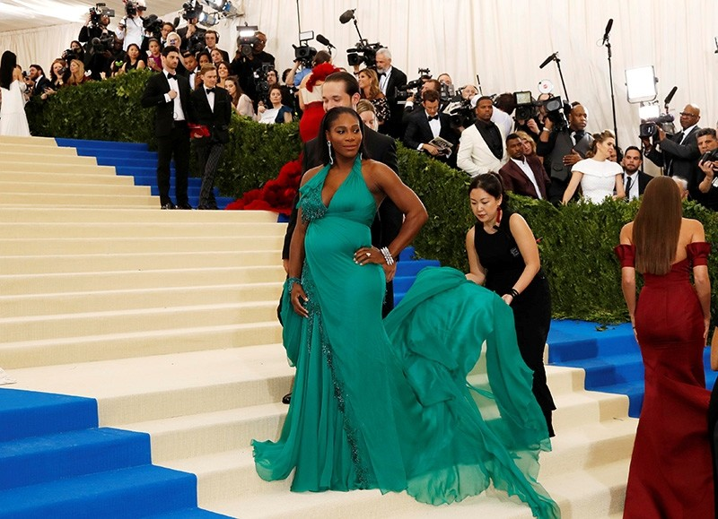 Serena Williams and fiancee Alexis Ohanian arrive at the Metropolitan Museum of Art Costume Institute Gala in New York City, U.S., May 01, 2017. (Reuters Photo)