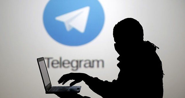 Russia threatens to block Telegram messaging service