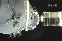 Chinese space lab to crash to Earth this weekend, but skygazers will need luck to spot it