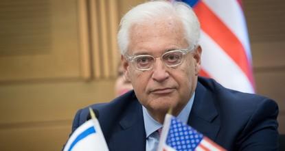 السفير الأمريكي بإسرائيل: نفكر باستبدال عباس بدحلان