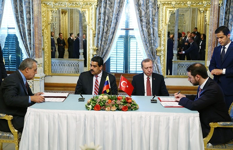 President Recep Tayyip Erdou011fan (center right) after a working lunch with Venezuela's Maduro (center left) in this December 2016 File Photo (Sabah Photo)