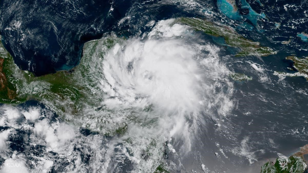 Several hurricane warnings are currently in place for Mexico. (AFP Photo)