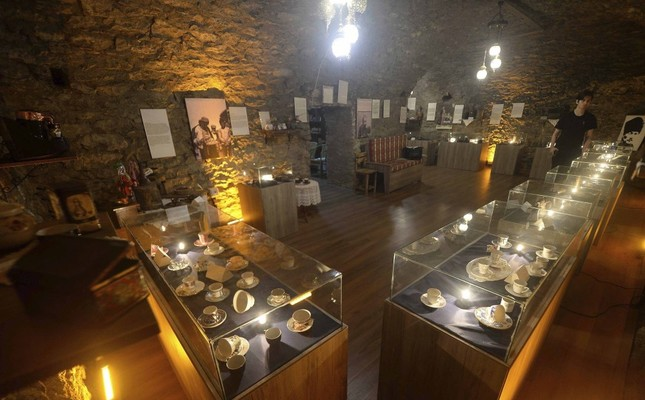 Photo shows the inside of the coffee museum that opened in Safranbolu, Karabük.