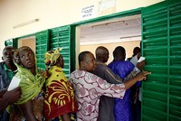 Malians vote for a president amid insecurity